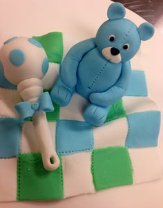 Teddy bear and a raddler, nallekarhu ja helistin.