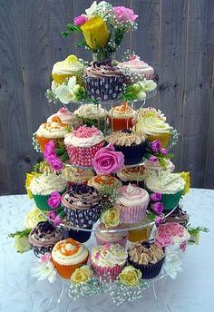 Wedding bouquet cupcake tower #dessert #weddingideas #cupcakes #weddingcupcakes #cupcaketower