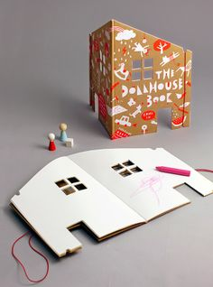 小房子形狀的Dollhouse Book 來自 Rock and Pebble