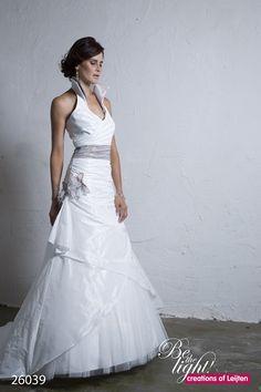 Trouwjurk Met Kraag.11 Beste Afbeeldingen Van Trouwjurken Alon Livne Wedding Dresses