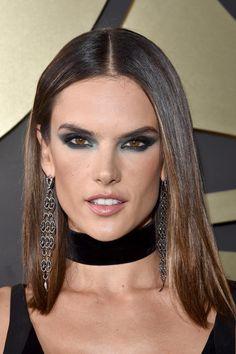 Los Mejores Looks De Los Grammy Y Los Detalles Que Les Dieron Vida