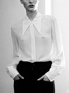 Love that super long and pointy collar! - ALASDAIR NY photograph by Andrew Pope Sheer White Shirt, White Shirts, Collar Designs, Shirt Designs, Sheer Clothing, Black White Fashion, Collar Styles, Minimal Fashion, High Fashion