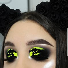 But they said you were dead.Totally inspired by: Edgy Makeup, Eye Makeup Art, Crazy Makeup, Halloween Eyeshadow, Cool Halloween Makeup, Eye Makeup Designs, Disney Makeup, Creative Eye Makeup, Holiday Makeup