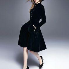 【1950年代風定番クラシックドレス】フィット&フレアベロア素材金属ボタン長袖ワンピース/パーティードレス