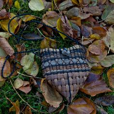 Small willow bark basket, via Flickr.