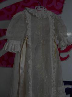 Merece una prenda así de hermosa ser preservada por decadas.