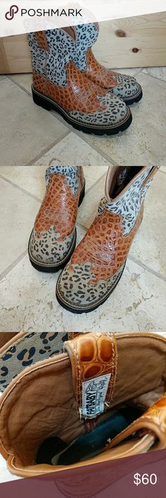 Ariat Fatbaby boots Adorable fatbaby boots! Worn once or twice. They're just a little too small for me. Excellent condition! Ariat Shoes Ankle Boots & Booties