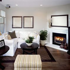 Living Room Layout Ideas With Fireplace Corner - Furniture Placement In Small Living Room With Corner Fireplace Living Room With Fireplace, Small Living Rooms, My Living Room, Tiny Living, Living Spaces, Small Room Design, Family Room Design, Living Room Furniture Layout, Living Room Designs