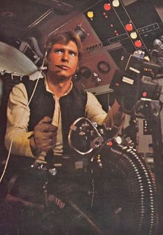 Harrison Ford as Han Solo - Star Wars 1977 Star Wars Film, Star Trek, Star Wars Art, Star Wars Han Solo, Darth Maul, Tv Sendungen, Film Science Fiction, Starwars, Plakat Design