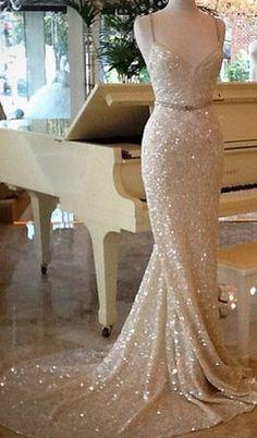 Lindo vestido de novia ideal para una boda civil