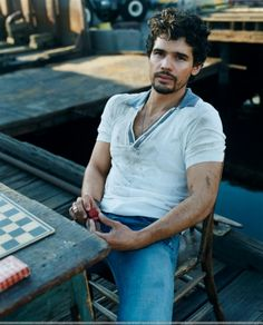 ccff2a029be1 Steven Strait as Judd Lauren from Caressed by Ice Combinaciones