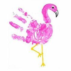 handabdruck bilder hier ist ein pinker flamingo