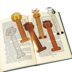 Zoo Animals Ruler Bookmarks. Fun and affordable bookmarks. $.19 each, $1.49 per dozen, $5.49 per 48 count. http://www.partypalooza.com/Merchant2/merchant.mvc?Screen=PROD&Product_Code=ZooAnBookmark