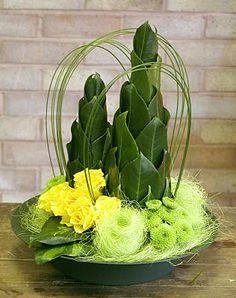 corporate flowers arrangement