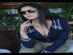 South actress Lucky Sharma's EXOTIC LEAKED PHOTOS.