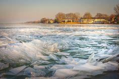 Elképesztő fotók: így néz ki a befagyott Balaton Bacchus, Hungary, Color Inspiration, Knight, Winter, Painting, Outdoor, Colour, Art