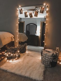 Unique Small Apartment Decorating Ideas On A Budget - Décoration Intérieure Cute Room Decor, Teen Room Decor, Cheap Room Decor, Small Room Decor, Teen Bedroom Decorations, Simple Room Decoration, College Room Decor, Bedroom Decor For Teen Girls, Small Room Design
