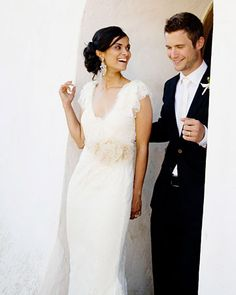 Gauri wore a Vera Wang gown, and Daniel wore a suit from Barneys New York. Indian Destination Wedding, Indian Fusion Wedding, Loose Hairstyles, Wedding Hairstyles, Wedding Beauty, Dream Wedding, Bridal Dresses, Wedding Gowns, Vera Wang Gowns
