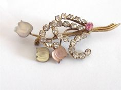 VINTAGE ART DECO PINK FROSTED GLASS FLORAL TULIP FLOWERS CRYSTAL BROOCH