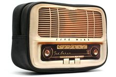 Ted Baker Radio Cables & Clobber Bag - would give this as a gift so could dance under the stars after eating our buffalo burgers in Yellowstone. (yes, I know it's not a real radio :-} ) Radio Vintage, Antique Radio, Vintage Tv, Radio Design, Radio E Tv, Old Stove, Retro Radios, Television Set, Old Time Radio