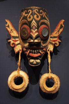 Hudoq (Dayak mask), Kalimantan (Borneo), Indonesia