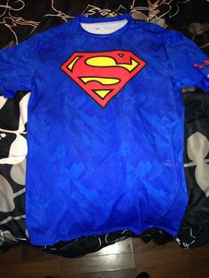 Shirt L Sons of Gotham Superman Electric Supes Shield Adult Ringer T