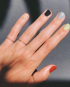 For spring the more nail polish colors you wear, the better. Here's how to wear different color nails, gradient nails, multicolored nails, and mismatched nails for spring Gradient Nails, Acrylic Nails, Gel Nails, Rainbow Nails, Stiletto Nails, Multicolored Nails, Colorful Nails, Different Color Nails, Two Color Nails