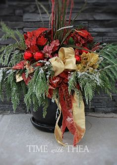 5-Step Instructions: How To Design A Christmas Outdoor Floral Arrangement ~ Detailed photo instructions showing how to make this gorgeous Christmas outdoor floral arrangement. Using the THRILLER, FILLER, SPILLER strategy makes it so much fun and so easy to do! / timewiththea.com