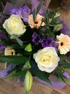 Pretty peach cream and lilac -soft pastel colours roses Germini and Lisianthus - pretty bouquet  #pennyjohnsonflowers