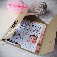 Faire part baptême pochette maison pour une touche d'élégance et de vintage avec ce modèle journal dont votre enfant fera la une, ref N91026