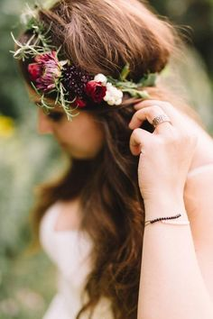 This berry & foliage flower crown captures the perfect whimsical-meets-rustic aesthetic.