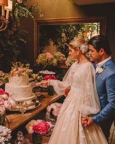 Where to Stay for a Grand Canyon Honeymoon Fancy Wedding Dresses, Custom Wedding Dress, Bohemian Wedding Dresses, Wedding Bells, Wedding Poses, Wedding Attire, Naked Cakes, Brunch Wedding, Cake Wedding