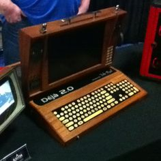 Awesome wooden portable PC at Screenburn.