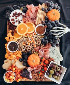 518 Likes, 18 Comments - Kami Bigler Hallowen Food, Halloween Food For Party, Holidays Halloween, Halloween Treats, Halloween Halloween, Charcuterie Recipes, Charcuterie And Cheese Board, Cheese Boards, Holiday Treats