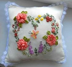 Got this image from Reosemary need to try on this Ribbon Embroidery Tutorial, Silk Ribbon Embroidery, Cross Stitch Embroidery, Embroidery Patterns, Hand Embroidery, Ribbon Art, Fabric Ribbon, Ribbon Crafts, Fabric Flowers
