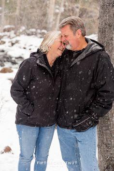 Snowy Holiday Portraits at Galena Creek Park by Reno Family Photographer