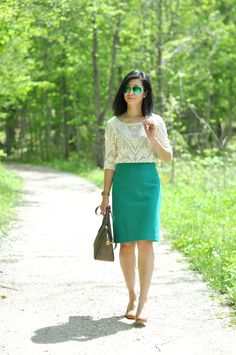 Emerald Green & Lace - Sydneys Fashion Diary - Petite Lookbook, Fashion Steals and Deals