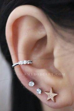 Cute Multiple Ear Piercings Ideas for Teen Girls - Gold Glitter Star Cartilage Helix Conch Tragus Earring Stud 16G - lindas perforaciones múltiples Ideas para niñas adolescentes - www.MyBodiArt.com #earrings #earpiercings