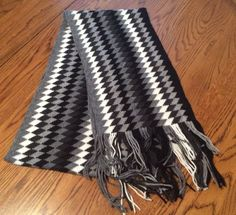 N Y Company Scarf Black White Gray Acrylic 7 Wide 60 Long  #Scarf