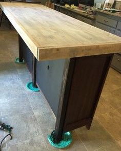 23 Super Ideas For Diy Kitchen Island With Seating Old Dressers Bedrooms Diy Kitchen Island, Kitchen Decor, Island With Seating, Kitchen Island Ikea Hack, Moveable Kitchen Island, Diy Kitchen, Rustic Kitchen, Kitchen Renovation, Narrow Kitchen Island