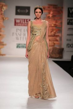 Soltee by Sulakshana Monga Wills Lifestyle India Fashion Week 2014 gold beige sari