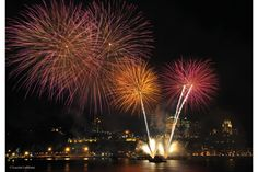 Quebec City Annual Fireworks Competition - Amazing Summer Festival