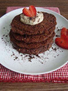 Chocolate Banana Pancakes (vegan, gluten-free)