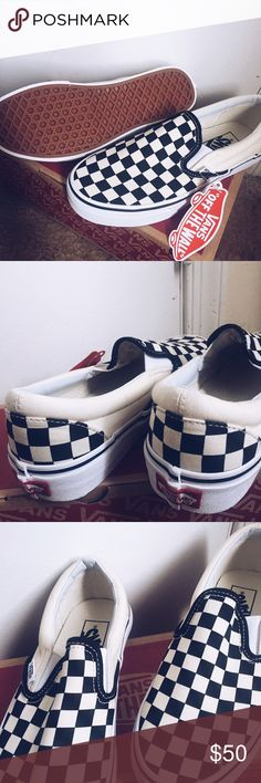 Mens checkered vans New! never work size 5.5 for men Vans Shoes Sneakers