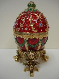 Swarovski Cherub Egg Music Box