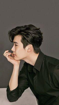 the moment before he make you feel the crush in him Korean Celebrities, Korean Actors, Asian Actors, Celebs, Korean Drama, Up10tion Wooshin, Lee Jong Suk Wallpaper, Kang Chul, Lee Young