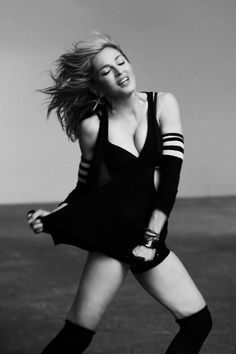 Madonna = pound for pound one of THE best dancers EVER ~ ★ Madonna Rare, Madonna Music, Lady Madonna, Madonna 80s, Divas Pop, Madona, Blake Lovely, Madonna Photos, Material Girls