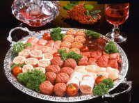 Gourmetten met verschillende soorten gehakt Fondue, Wok, Barbecue, Lunch Room, Cobb Salad, Tapas, Xmas Ideas, Christmas Recipes, Finger