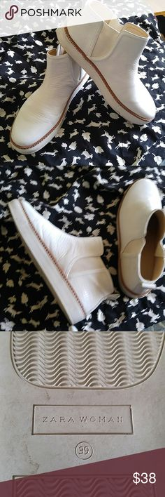 Amazing white sneaker booties Price is firm These shoes are awesome EUR 39 Worn a few times Zara Shoes Sneakers