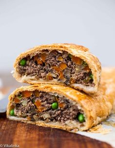 Ground Beef Wellington-the most elegant and the best tasting meat loaf you will ever eat! #groundbeef #puffpastry